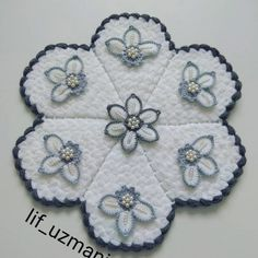 Stylish Blouse Design, Blouse Designs, Pot Holders, Weaving, Crafts, Farmhouse Rugs, Diy Accessories, Dots, Hand Embroidery
