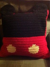 Mickey Mouse Pillow, free pattern