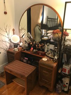 """Home Interior Colour Art Deco """"Waterfall"""" style dressing table.Home Interior Colour Art Deco """"Waterfall"""" style dressing table Decoration Inspiration, Room Inspiration, Room Ideas Bedroom, Bedroom Decor, Interiores Shabby Chic, Home Interior, Interior Design, Interior Door, Aesthetic Room Decor"""