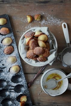 vanilla browned butter madeleines
