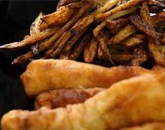 """Recette Fish and chips. Recette de Jaimie Oliver. 4 beaux filets de cabillaud sans peau ni arête. Farine auto levante... Bière ! Prévoir aussi thym frais, ail et paprika pour les """"chips"""". Hummmmm"""