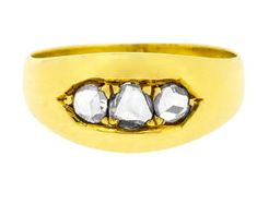Alluring Three Rose Cut Diamonds Set on oblong style Ring in 18ct Yellow Gold   Antique Victorian Ring (3018539)