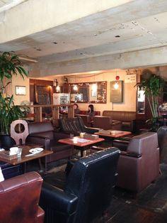 Loger Cafe (ロジェ カフェ)