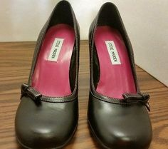 Steve Madden women's size 10 (b) black pink leather round toe pumps heels shoes