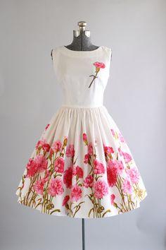 Vintage 1950s Dress / 50s Cotton Dress / Pink and Green Floral Cotton Pique Sun Dress S