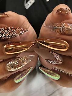 sassy nails - unicorn nails - nails - lounge - nail polish Love custom made acrylic color! Acrylic color Number 4 124 Shop Now Www. Gold Stiletto Nails, Bling Nails, My Nails, Nail Swag, Sassy Nails, Cute Nails, Nail Art Halloween, Nagel Bling, Nail Mania