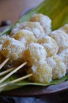 Diah Didi's Kitchen: Resep Sentiling Nanas