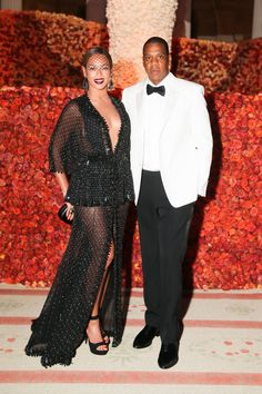 Beyonce and Jay Z, as well as 19 other couples kept us talking throughout 2014.