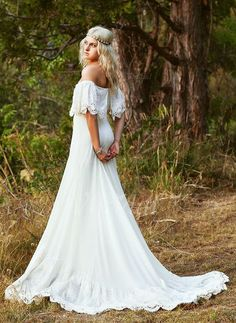 Forme Princesse Epaules nues Traîne moyenne Mousseline Dentelle Robe de mariée (0025060264)