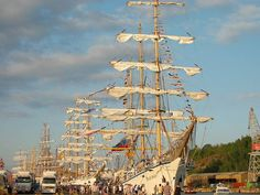 TheTall Ships' Races - Turku, the oldest city in Finland - Turku Picture Gallery - Photo Gallery - Images Finland Cities In Finland, Turku Finland, Finnish Recipes, Old City, Capital City, Helsinki, Marines, Countries, Travelling