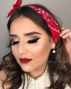 Trendy Ideas for wedding makeup natural smokey hair colors Pin Up Makeup, Party Makeup, Makeup Looks, Hair Makeup, Makeup Art, Makeup Ideas, Makeup Tips, 1950s Makeup, Retro Makeup