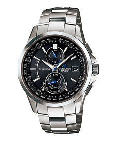 十数年振りに買った腕時計、CASHIO「OCEANUS(オシアナス)」OCW-T2500-1AJF。電波ソーラーで、あまりごつくないものという条件で選んだ、OCEANUSスマートアクセスモデルとしては最薄の腕時計。OCEANUSの特徴であるブルー部分が少ないのも気に入った理由。