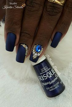 New Nails Design Elegant Bling Ideas Dark Nails, Matte Nails, Stiletto Nails, Acrylic Nails, Shellac Nails, Swarovski Nails, Crystal Nails, Diy Nail Designs, Simple Nail Designs