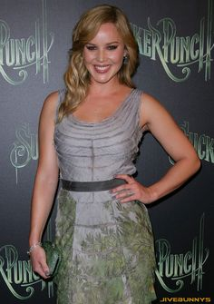 Curiosities, information and pictures of actresses around the world Abbie Cornish, Sucker Punch, Special Pictures, Girl Celebrities, Beautiful Actresses, Eye Candy, Beautiful Women, Goa, Divas