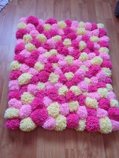 alfombra de pompones lana decoración habitación 67 x 55 cm