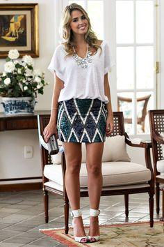 Marina Casemiro - a saia é muito curta, mas é bonita.