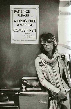 keith richards at customs in Seattle - 1972