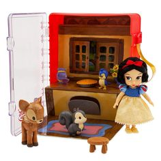 Venture into Snow White's forest cottage for endless imaginative play with this adorable mini doll playset. Featuring Snow White, her woodland friends, and a pie, this playset is sure to inspire the sweetest adventures. Disney Play, Disney Dolls, Disney Home, Barbie Dolls, Walt Disney, Princess Toys, Disney Princess, Happily Ever After Disney, Disney Store Uk