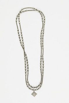 ☆ http://www.shopheist.com/collections/accessories/products/pyrite-and-pave-sterling-bead-necklace ☆ https://es.pinterest.com/iolandapujol/pins/