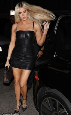 Khloe Kardashian displays her hourglass curves in a leather LBD - So glam: Khloe dramatically tossed her long luscious golden locks behind her shoulders when she mad - Robert Kardashian, Khloe Kardashian Photos, Kardashian Jenner, Kylie Jenner, Kardashian Kollection, Kendall, Fashion Advice, Fashion Outfits, Sexy Dresses