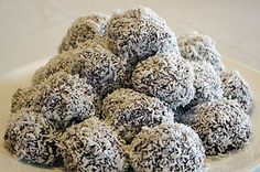 The origin of Newfoundland Snowball cookies are unknown, however, still very famous and popular in NL today, especially during the holiday season. These refrigerator or no-bake cookies are know by man Baking Recipes, Cookie Recipes, Dessert Recipes, Rock Recipes, Sweet Recipes, Yummy Recipes, Snowballs Recipe, Newfoundland Recipes, Holiday Recipes