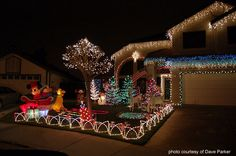 Christmas Holiday Light Yard Display | Best Streets in Brisbane for ...