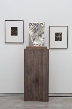 David Kordansky Gallery is a Los Angeles-based contemporary art gallery representing more than three dozen artists and estates. Sculpture Stand, Sculpture Art, Pedestal, Artistic Installation, Small Art, Hanging Art, Photo Art, Contemporary Art, Abstract Art