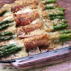 Asparagus Rolantina Pan Fried Asparagus, Ways To Cook Asparagus, Easy Asparagus Recipes, Saute Asparagus, Asparagus Dishes, Italian Side Dishes, Vegetarian Paleo, Vegetable Dishes, Stuffed Peppers