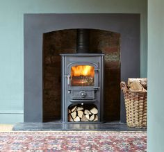 Clearview Solution 400 stove with simple but elegant surround.