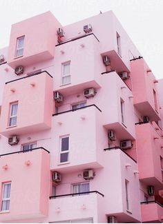 Okay we will live in this super cute pink building! We are loving that fact that the whole building is painted pink, lets just say, we belong there! Pink Love, Pretty In Pink, Perfect Pink, Cute Pink, Tout Rose, Pink Houses, Everything Pink, Pink Walls, Color Inspiration
