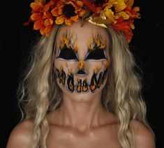 Are You Ready for Halloween? Scary Halloween Makeup Ideas - Chicbetter Inspiration for Modern Women Zombie Makeup, Scary Makeup, Clown Makeup, Fx Makeup, Makeup Ideas, Pretty Halloween, Halloween Makeup Looks, Halloween Kostüm, Halloween Queen