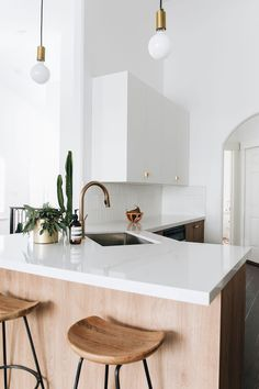 Island Vibes - This Gorgeous Kitchen Reno Includes Some Seriously Cool IKEA Hacks - Lonny Ikea Cabinets, White Kitchen Cabinets, Kitchen Cabinet Design, Kitchen Reno, Kitchen Ideas, Kitchen Counters, Salt Lake City, Minimalist Home Interior, Minimalist Kitchen