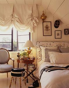 Bedroom bedroom Green, blue, gold and ivory bedroom design Cozy cottage attic bedroom Dark walls in a bedroom look great with colour. Style Cottage, Cozy Cottage, French Cottage, White Cottage, Home Bedroom, Master Bedroom, Bedroom Decor, Nautical Bedroom, Bedroom Ideas