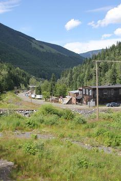 """Sandon"" Kootenay Ghost Town Back In Time, Ghost Towns, Old Pictures, British Columbia, Denver, Vancouver, Abandoned, Dolores Park, Landscaping"