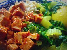 Het #menuvandedag is #Indisch en #uitverkocht!  #organic #vegetarian #superfood #healthy & #clean #indonesian #food for #dinner ... #telor #besengek #coconut #paksoi #eggs #garlic #kurkuma #rice & #tahoe #enjoy your #delicious #meal