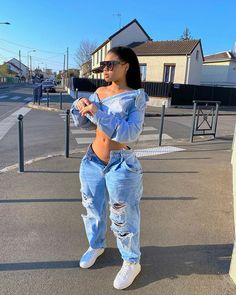 𝑷𝒊𝒏𝒕𝒆𝒓𝒆𝒔𝒕: @mayaxxgarcia ❀ Cute Swag Outfits, Boujee Outfits, Teen Fashion Outfits, Dope Outfits, Stylish Outfits, 80s Fashion, Modest Fashion, Hijab Fashion, Boho Fashion