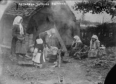 WORLD WAR I, returned Serbian refugees, photograph circa 1914.