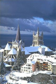 Lausanne (pronounced lo-zan), Romandy, Switzerland - on the shores of Lake Geneva - the area was settled by the Celts, then t… Places Around The World, Oh The Places You'll Go, Places To Travel, Places To Visit, Around The Worlds, Travel Destinations, Lausanne, Wonderful Places, Beautiful Places