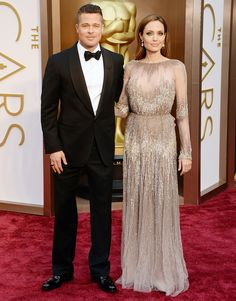 Brad Pitt and Angelina Jolie are MARRIED! Details at eonline.com!
