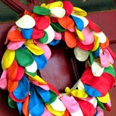 {for mamas}: Balloon Wreath
