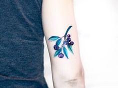 Jagoda Inktika blueberry tattoo