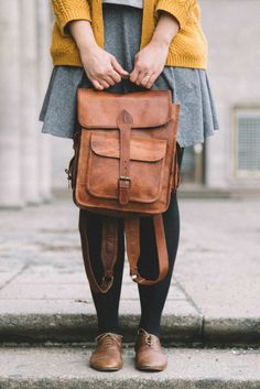 Gusti leather - Eleanor - This trendy backpack is 39cm high, 31cm wide and 14cm deep (outer measurements)