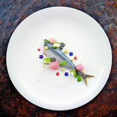 Chub Mackerel Gravlax with Sour Cream stuffed Celery Stalks Baby Radish and Pesto Cream by @zubeyirekicibasi  Tag your best plating pictures with #armyofchefs to get featured.   #plating #chefs