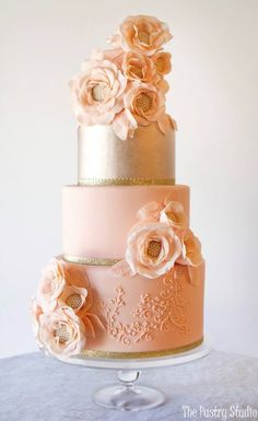The Pastry Studio Wedding Cake Inspiration - Hochzeit - Wedding Cakes Crazy Wedding Cakes, Amazing Wedding Cakes, Amazing Cakes, Gorgeous Cakes, Pretty Cakes, Cupcakes, Cupcake Cakes, Peach Cake, Wedding Cake Inspiration
