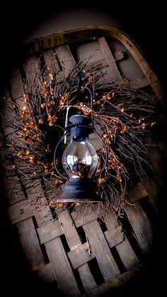Harvest Wreath-lantern on berry wreath on tobacco basket tray. Primitive Autumn, Primitive Crafts, Country Primitive, Primitive Snowmen, Primitive Christmas, Prim Decor, Country Decor, Rustic Decor, Country Crafts