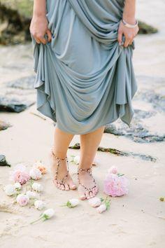 pearl anklet   Origami Creatives   see more on: http://burnettsboards.com/2014/04/beach-goddesses/