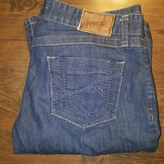 BKE's Sabrina Boot BKE's jeans by Buckle.  The style is Sabrina boot.  They are size 28 with a length of about 29 1/2.  They are in good condition with only a little bit of wear along the bottom of the feet.  They're expensive and quality made jeans at an affordable Price BKE Jeans Boot Cut