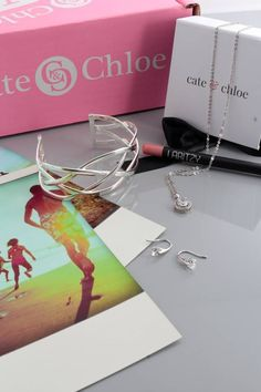 August's Cate & Chloe VIP Box theme is Summer Reminiscence! Get a sneak peek at the FREE beauty perk and save 35% off today! http://www.findsubscriptionboxes.com/a-closer-look/cate-chloe-august-2017-vip-box-spoilers/?utm_campaign=coschedule&utm_source=pinterest&utm_medium=Find%20Subscription%20Boxes&utm_content=Cate%20and%20Chloe%20August%202017%20VIP%20Box%20%20Spoilers%20%2B%20Coupon  #CateandChloeStyle