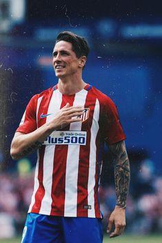 Best Football Players, World Football, Football Jerseys, College Basketball, Soccer, Cristiano Ronaldo Lionel Messi, Old Trafford, European Football, Fernando Torres