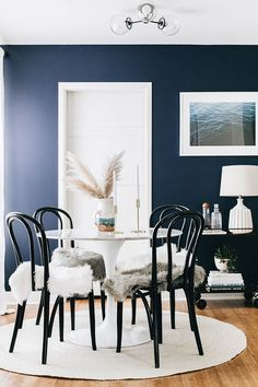 Our Dining Room Refresh (Before/After) with x online interior design. Decor Style Home Decor Style Decor Tips Maintenance Small Space Living, Small Spaces, Kitchen Cabinet Door Styles, Rooms Ideas, Dining Room Inspiration, Dining Room Design, Decor Interior Design, Room Interior, Interior Decorating